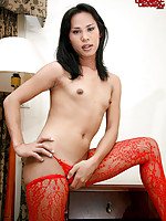 Smoking hot ladyboy!
